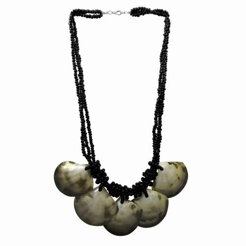 Shell Necklace with Glass Beads