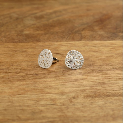 Sand Dollar Post Earrings Silver